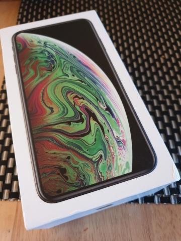 4ca43dcc4faec IPhone XS MAX Unlocked …$750(WhatSapp :+1(707)204-0227) – new york ...